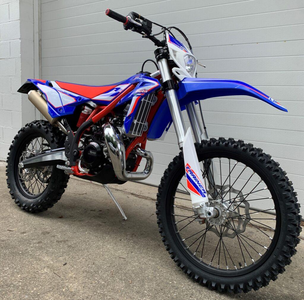 2021 Xtrainer 300